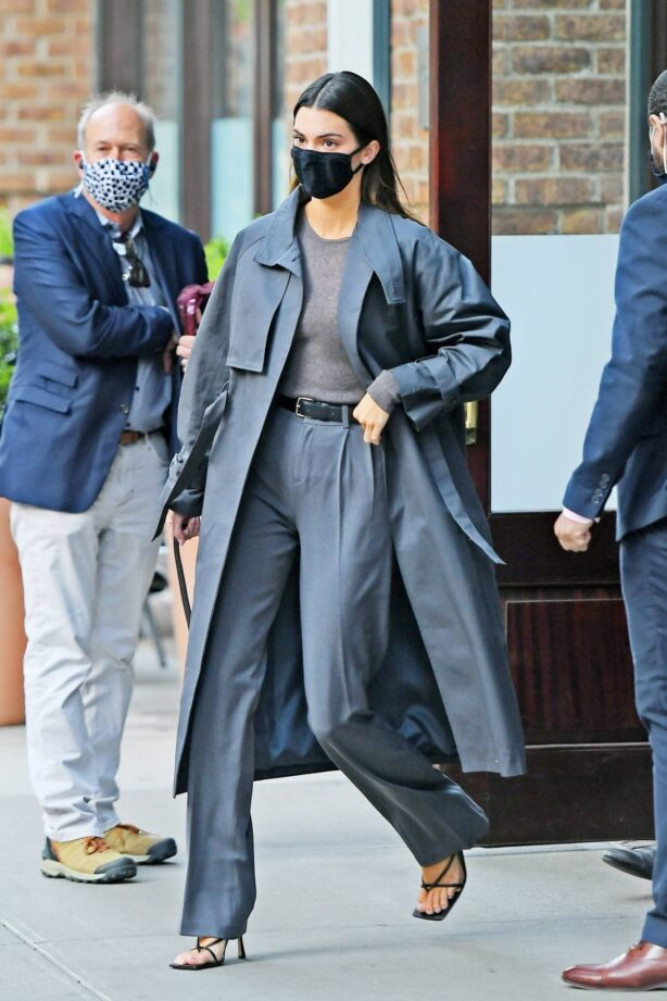 Kendall Jenner - Seen leaving her hotel in Tribeca - New York