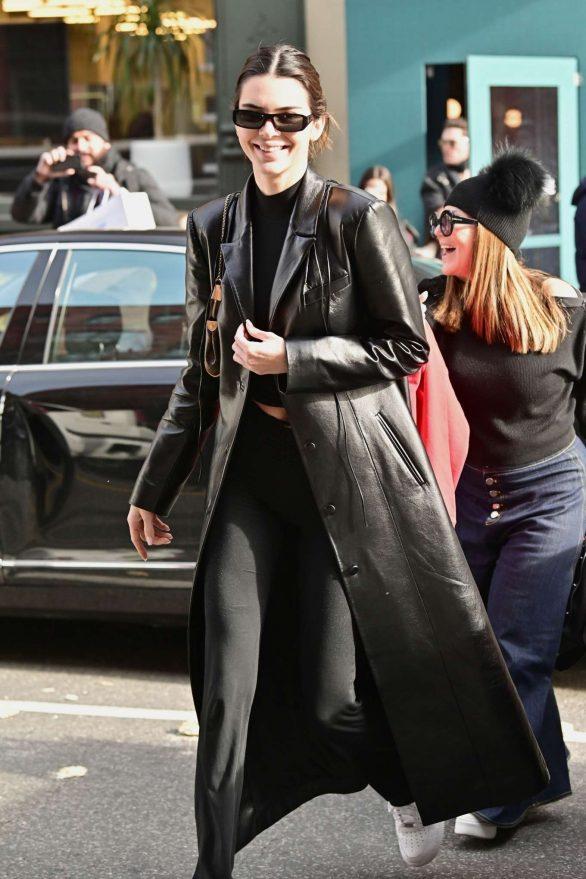Kendall Jenner - Seen while leaving Sadelle's restaurant in SoHo