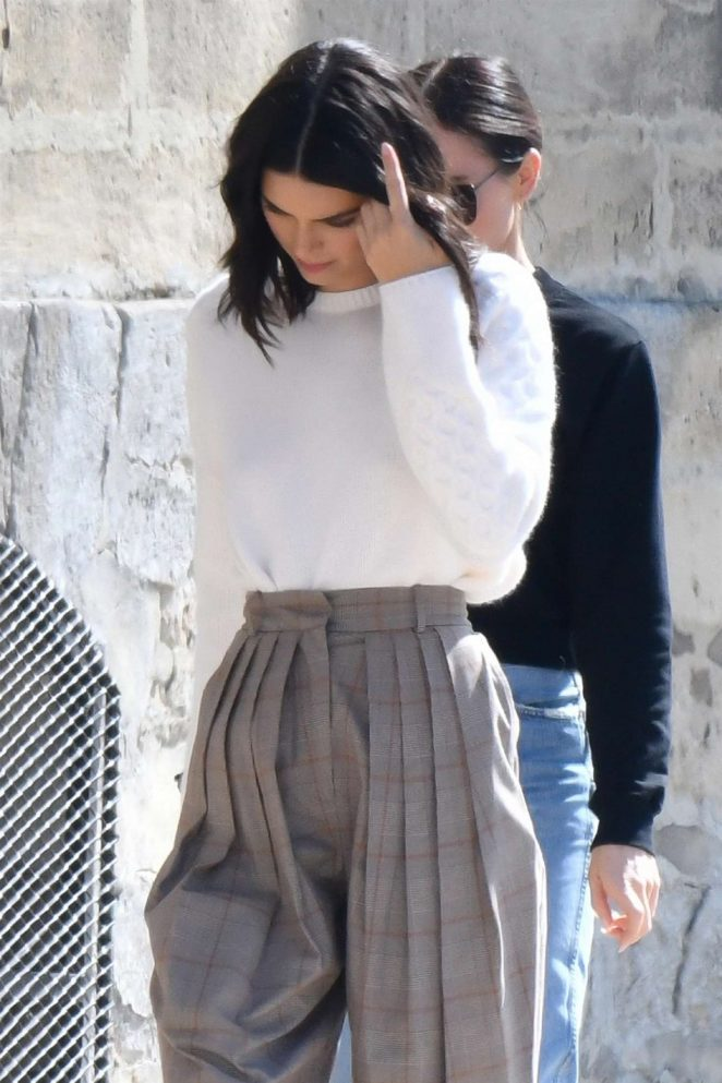 Kendall Jenner - Shooting of a commercial in France