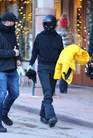 Kendall Jenner - Spotted in Aspen - Colorado