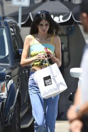 Kendall Jenner - Spotted picking up food from Joan's on Third in LA