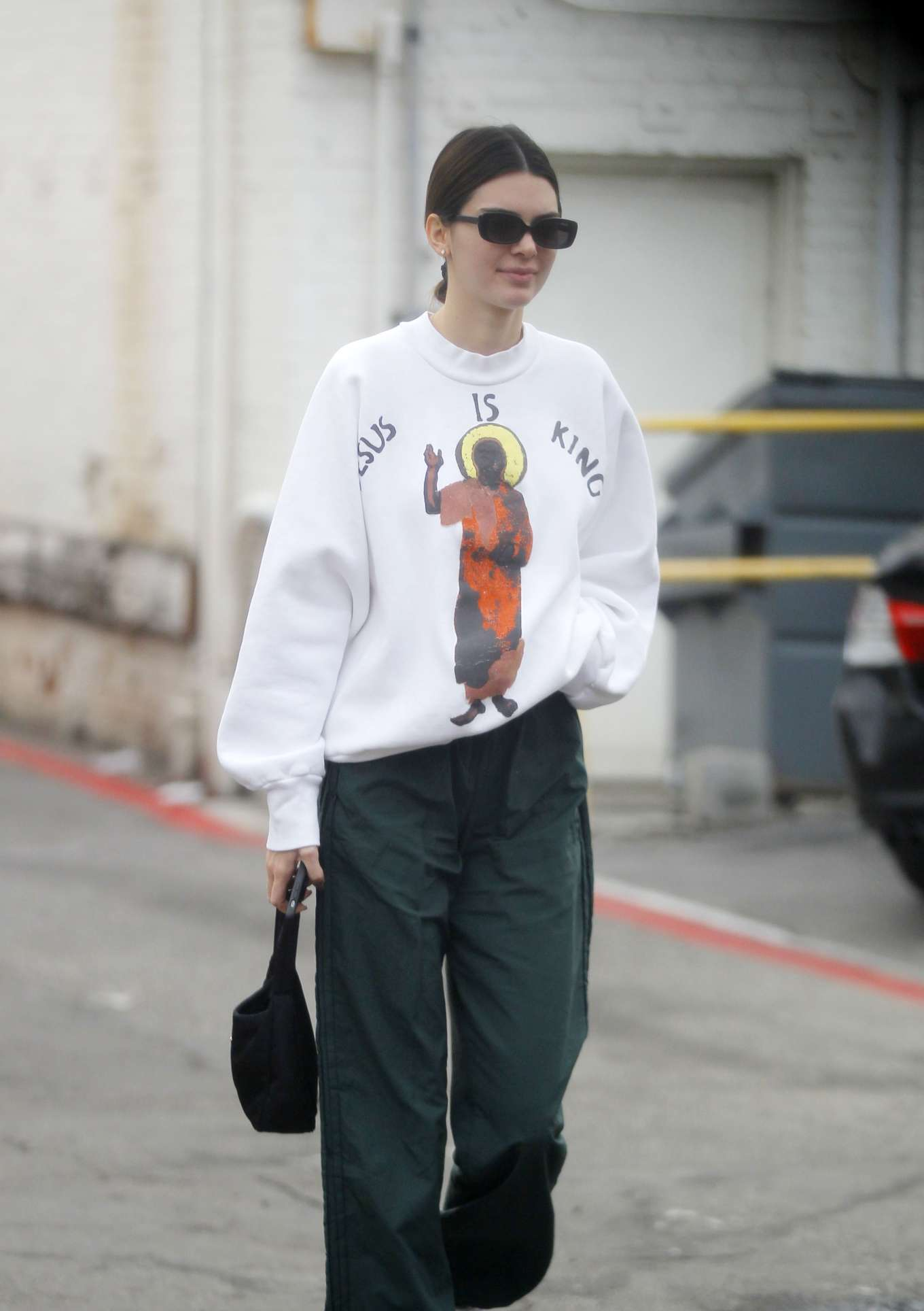 Kendall Jenner - Spotted while out in Beverly Hills