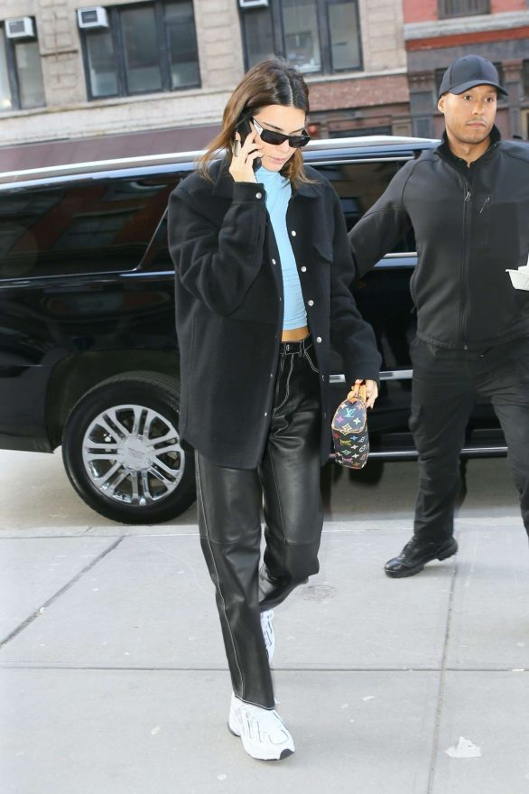Kendall Jenner - Steps out in New York City