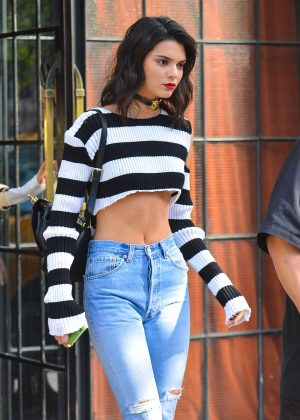 Kendall Jenner Steps Out in New York City