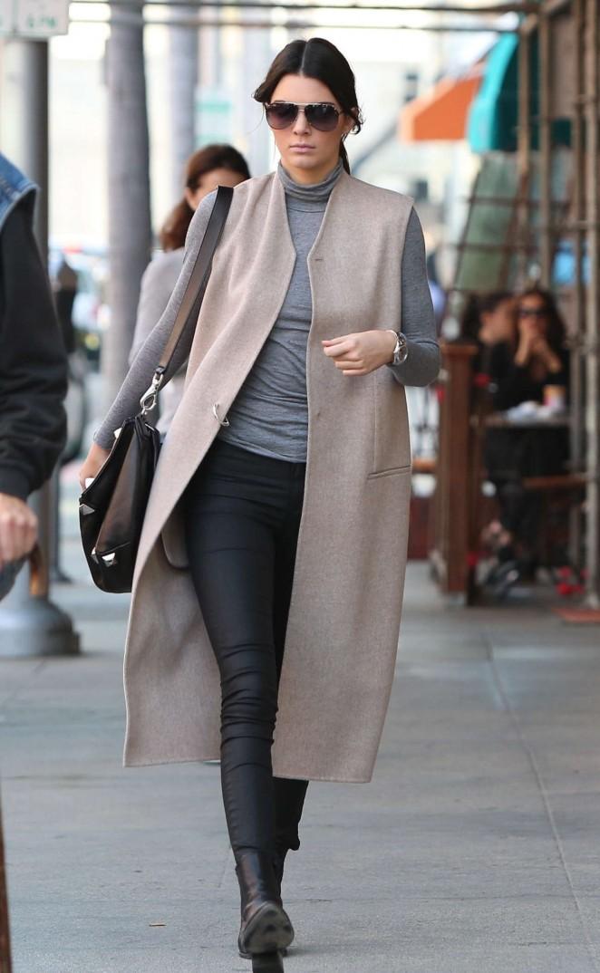 Kendall Jenner 2015 : Kendall Jenner in Black Tight Pants -33