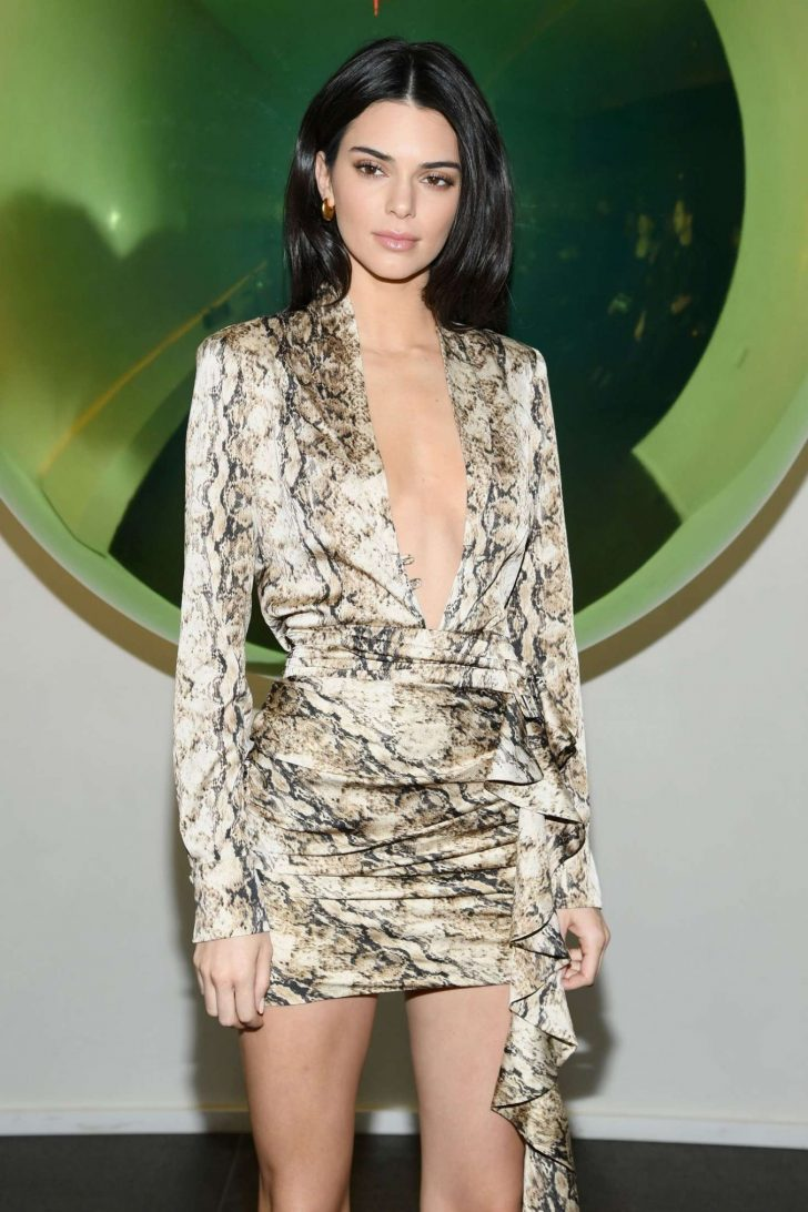 Kendall Jenner - Times Square Edition Premiere in NYC