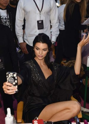 Kendall Jenner - Victoria's Secret Fashion Show 2018 Backstage in NY