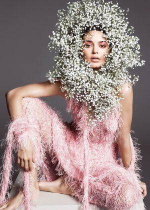 Kendall Jenner - Vogue US Magazine (April 2018)