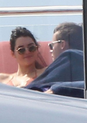 Kendall Jenner: Wearing a Bikini on a yacht in Antigua-02