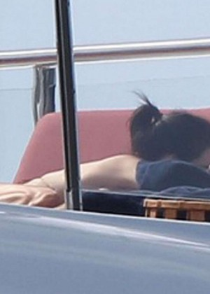 Kendall Jenner: Wearing a Bikini on a yacht in Antigua-03