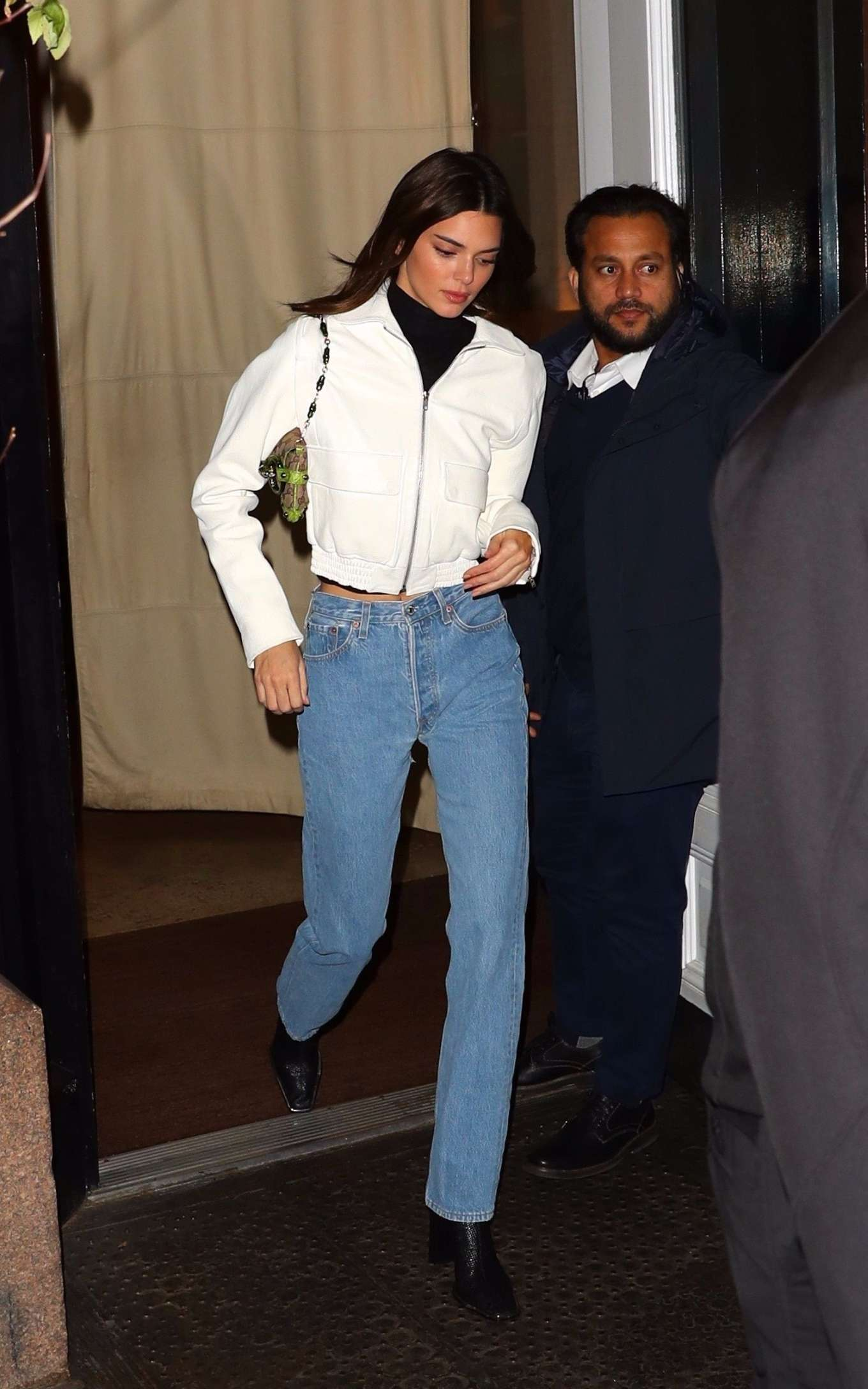 Kendall Jenner 2019 : Kendall Jenner – Wearing blue jeans in NY-32
