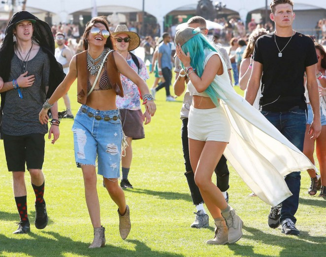 Kendall and Kylie Jenner: Coachella Music Festival 2015 -40