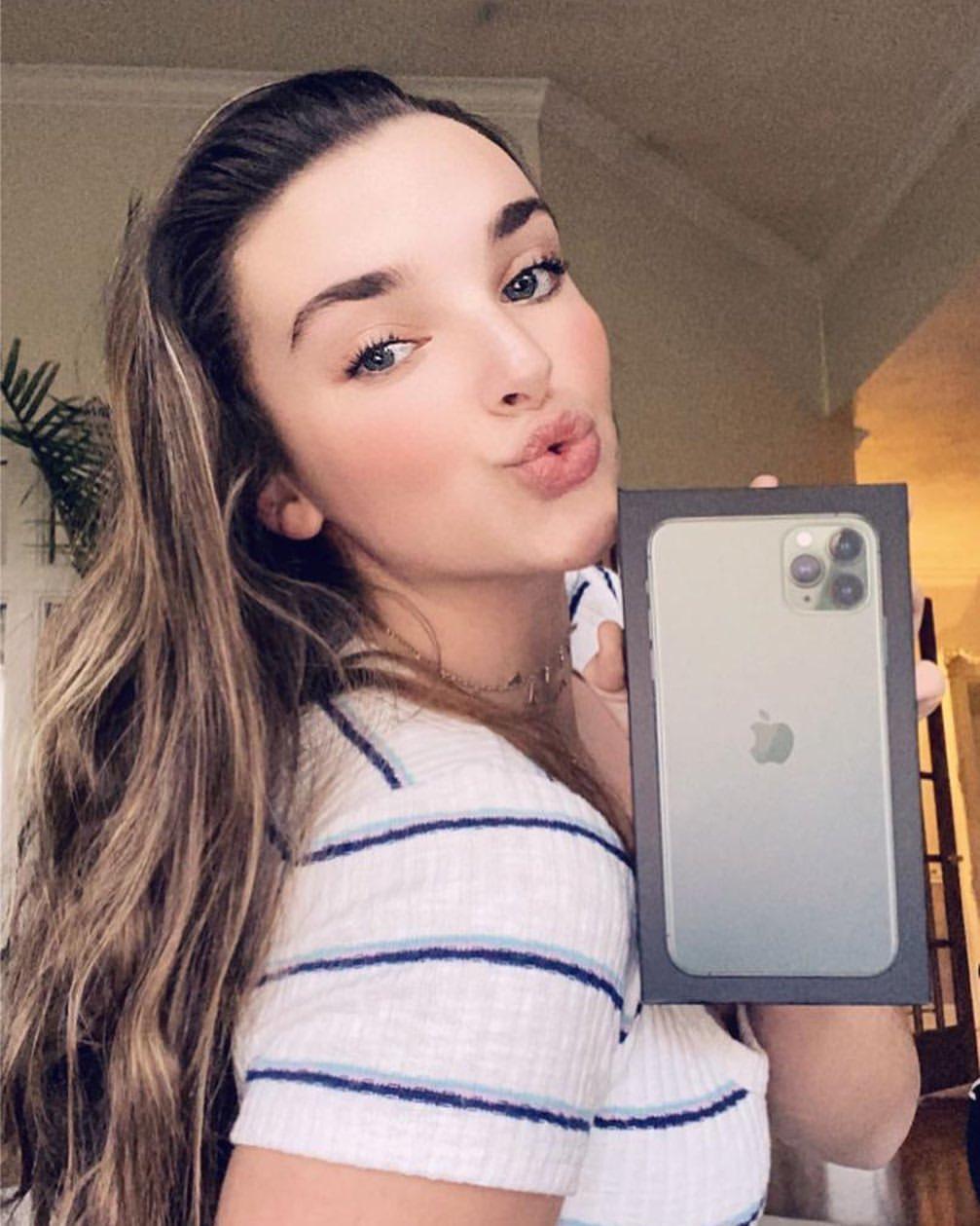 Kendall Vertes 2020 : Kendall Vertes – Instagram and social media-70