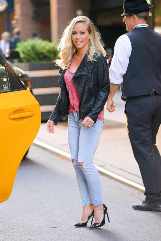 Kendra Wilkinson in Ripped Jeans out in NYC