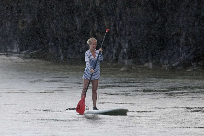 Kendra Wilkinson in Swimsuit paddleboarding -23
