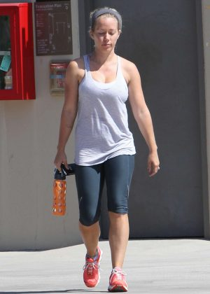 Kendra Wilkinson - Leaving the gym in Los Angeles