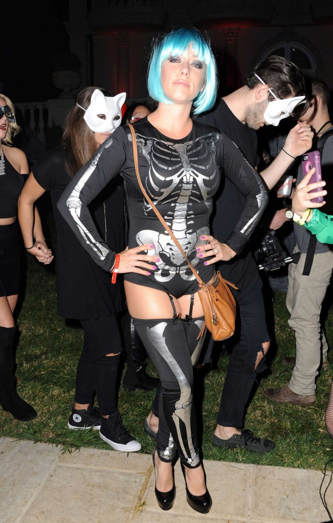Kendra Wilkinson - MAXIM Magazine's Official Halloween Party in Beverly Hills