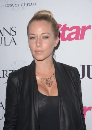 Kendra Wilkinson - Star Magazine's 'Hollywood Rocks' Event in Hollywood