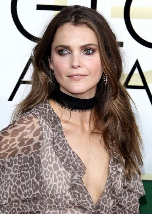 Keri Russell - 74th Annual Golden Globe Awards in Beverly Hills