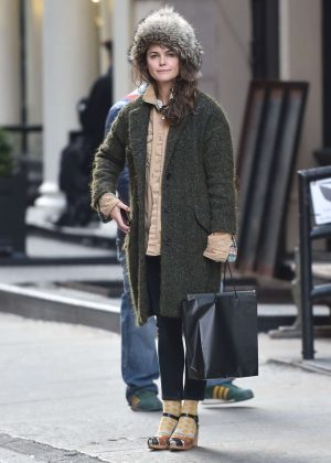 Keri Russell Out for Shopping in NYC