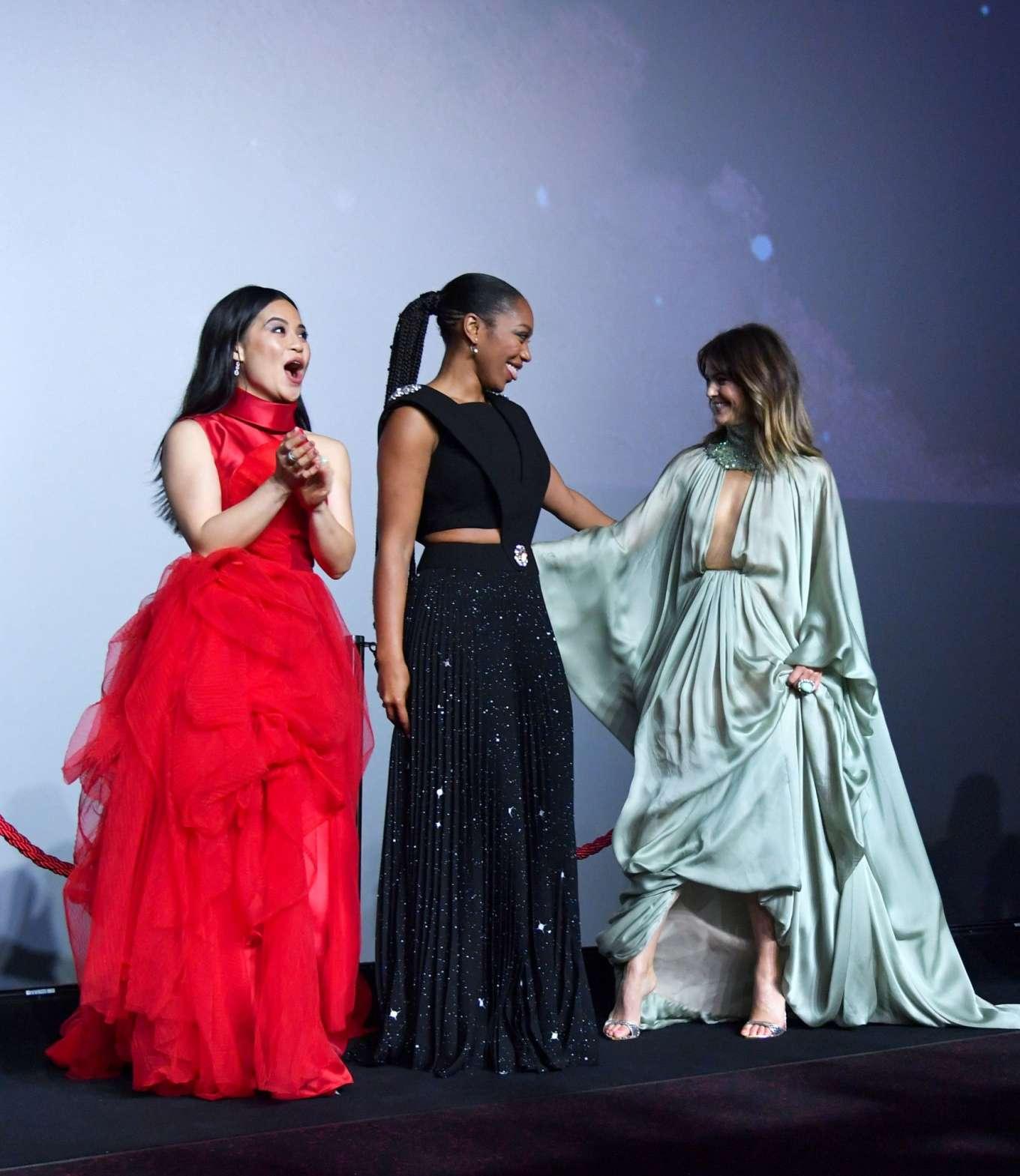 Keri Russell Star Wars The Rise Of Skywalker Premiere In London 60 Gotceleb