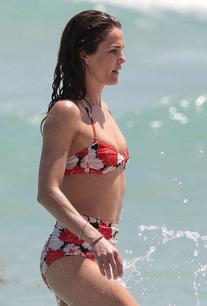 Back to post Keri Russell – Wearing Bikini at a beach in Miami Alessandra Ambrosio