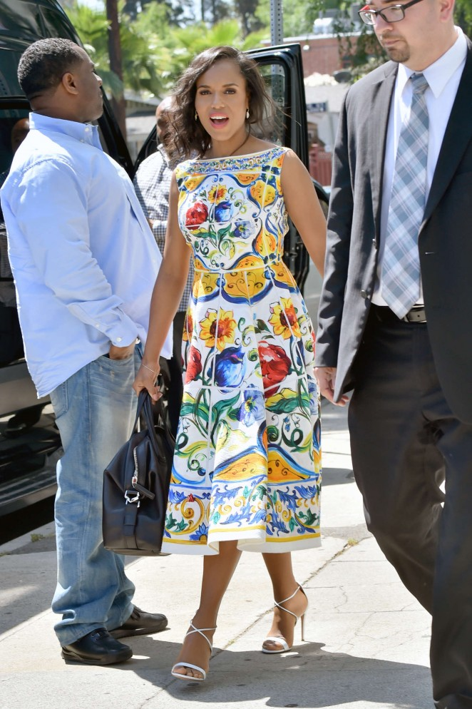 Kerry Washington in floral dress -02