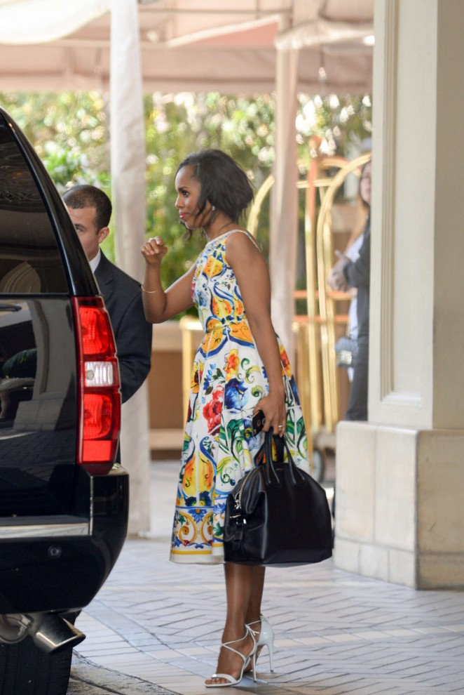 Kerry Washington in floral dress -17