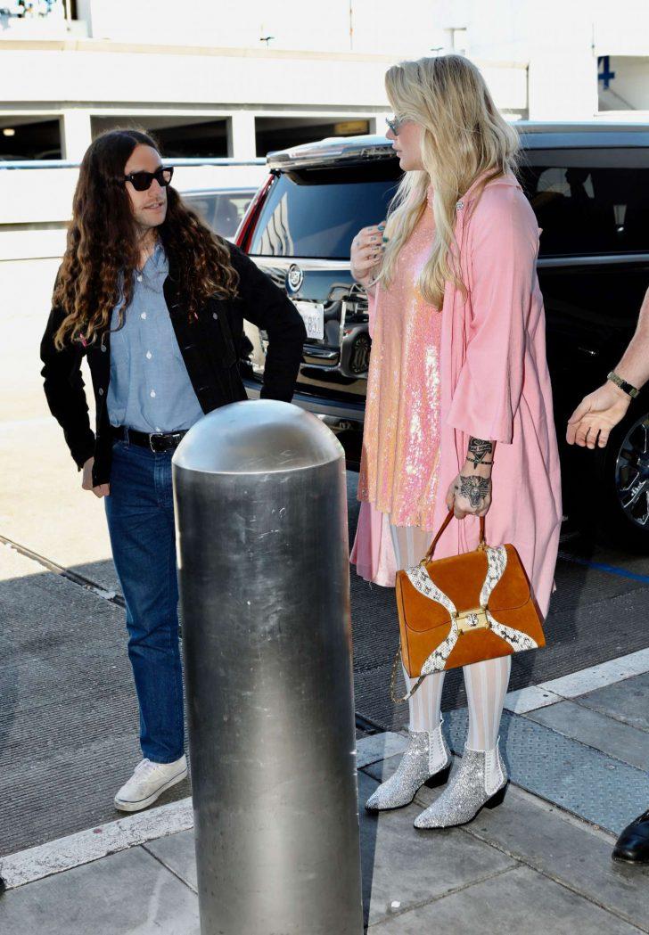 Kesha: Arrives at LAX Airport in LA -04