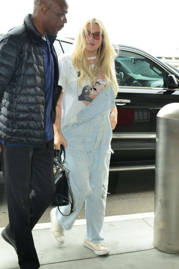 Kesha: Arrives at LAX Airport in Los Angeles -11