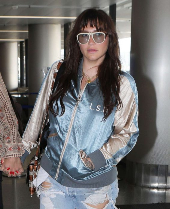 Kesha – Arriving at LAX airport in Los Angeles-31