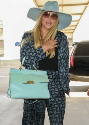 Kesha at Los Angeles International Airport