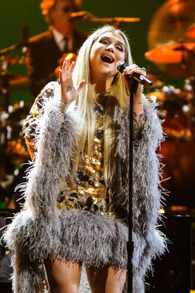 Kesha - 'Elton John - I'm Still Standing - A Grammy Salute' Concert in New York