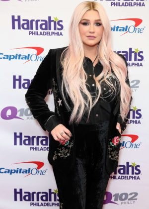 Kesha - Q102`'s Jingle Ball at the Wells Fargo Center in Philadelphia
