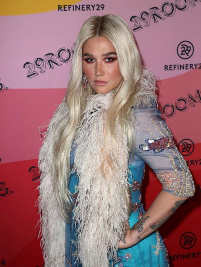 Kesha 2018 : Kesha: Refinery29s 29Rooms Los Angeles 2018: Expand Your Reality at The Reef -09