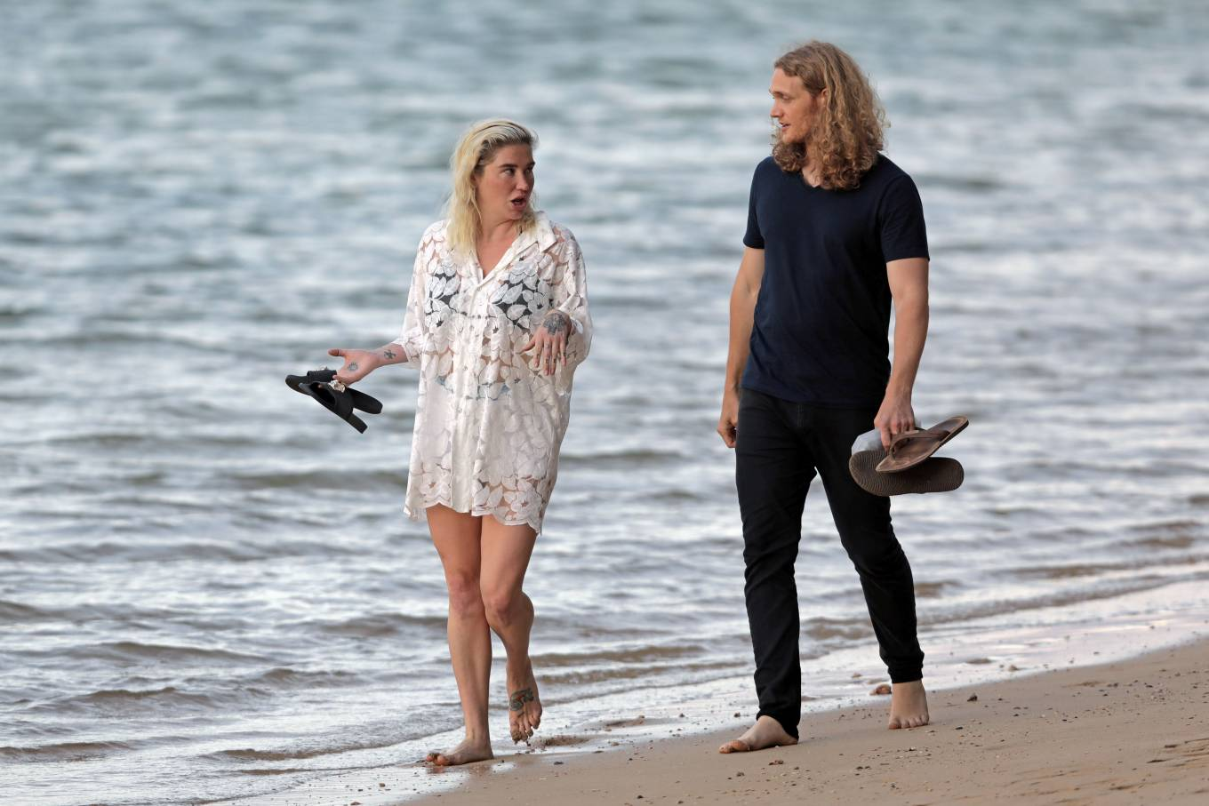 Kesha 2021 : Kesha – With her boyfriend Brad Ashenfelter while on vacation in Hawaii-08