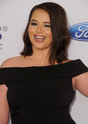 Kether Donohue - 2017 Gracie Awards in Los Angeles