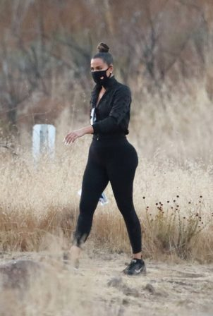 Khloé Kardashian - spotted on a hike with Tristan Thompson in Malibu Hills