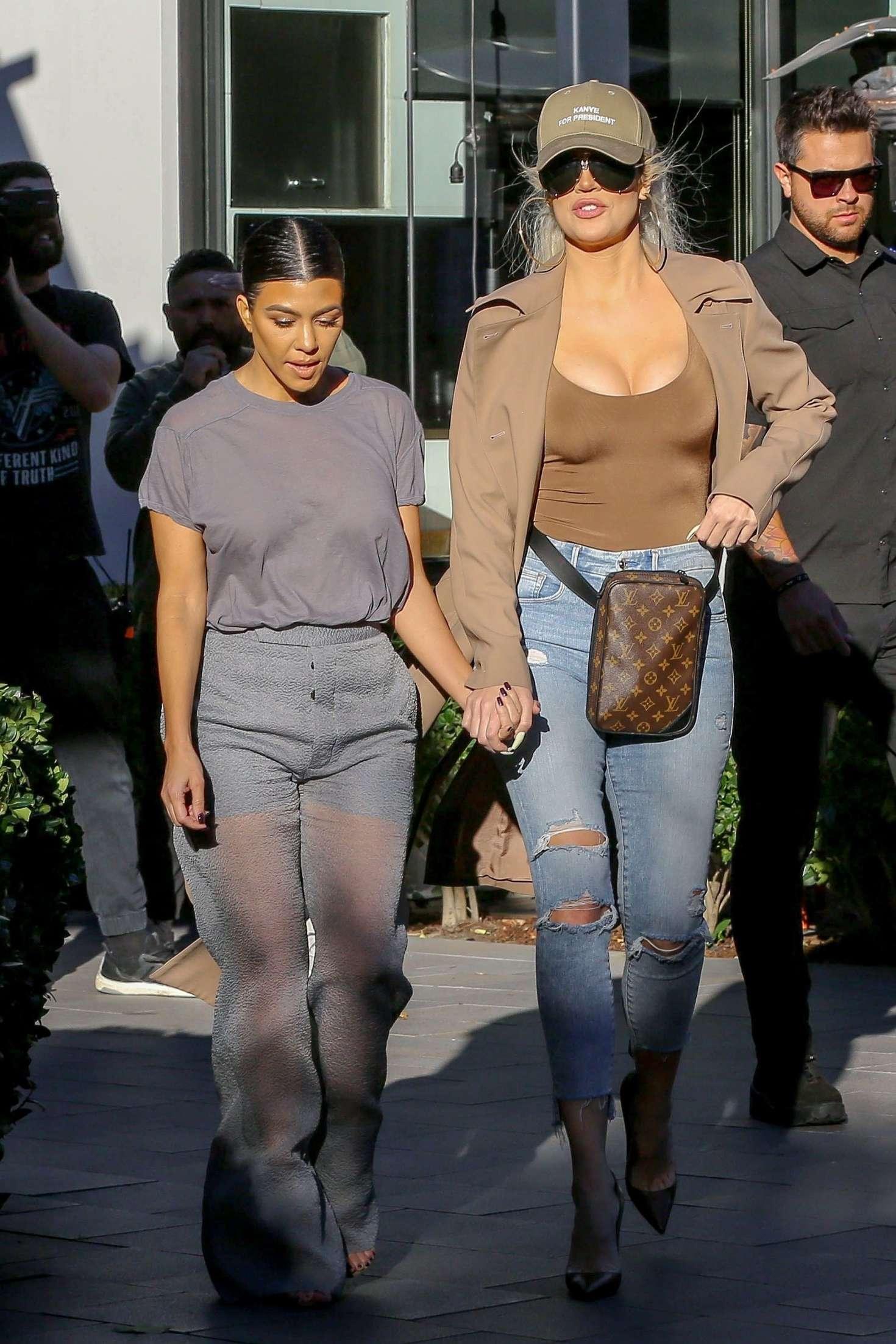 Khloe Kardashian 2019 : Khloe and Kourtney Kardashian: Filming KUWTK -18