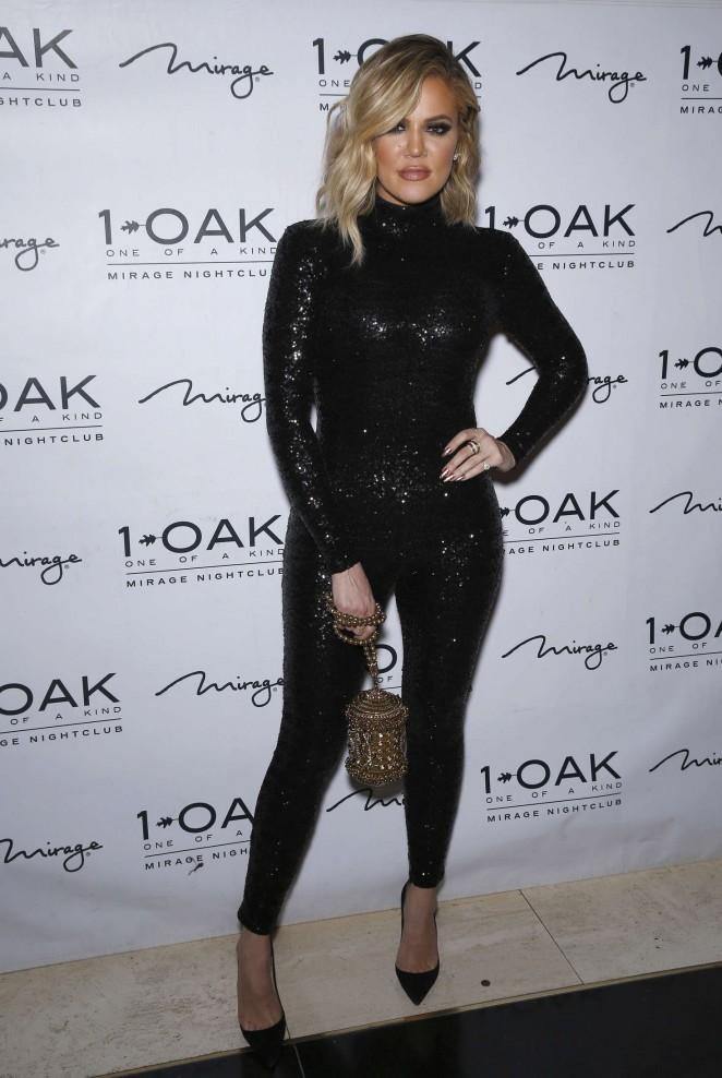 Khloe Kardashian – 1 Oak Nightclub Inside The Mirage Hosts Extravagant Birthday Bash in Las Vegas