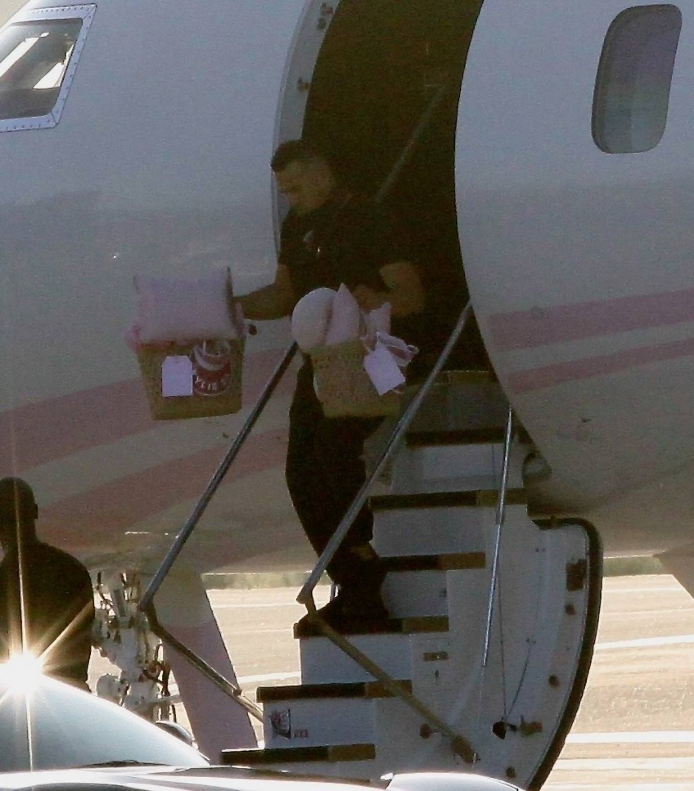 Khloe Kardashian 2020 : Khloe Kardashian and Kourtney Kardashian – Pictured boarding Kylie Jenners private jet in Van Nuys-06