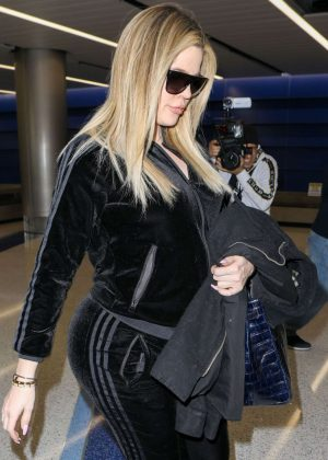 Khloe Kardashian - Arrives to LAX Airport in Los Angeles