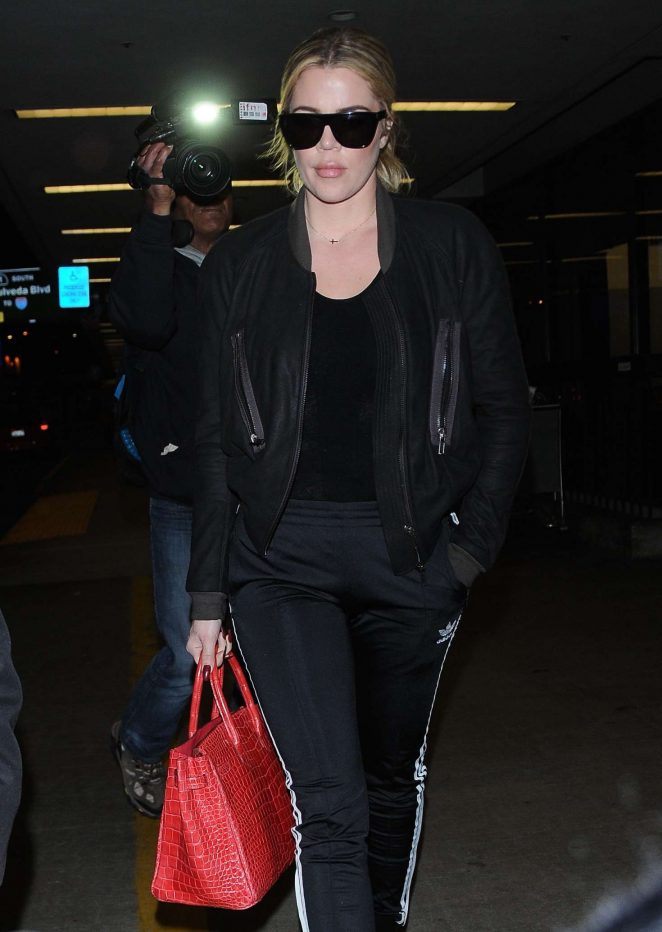 Khloe Kardashian - Arriving at LAX Airport in Los Angeles