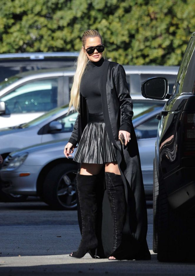 Khloe Kardashian - Arriving for the 'Keeping Up With The Kardashians' taping in Sherman Oaks