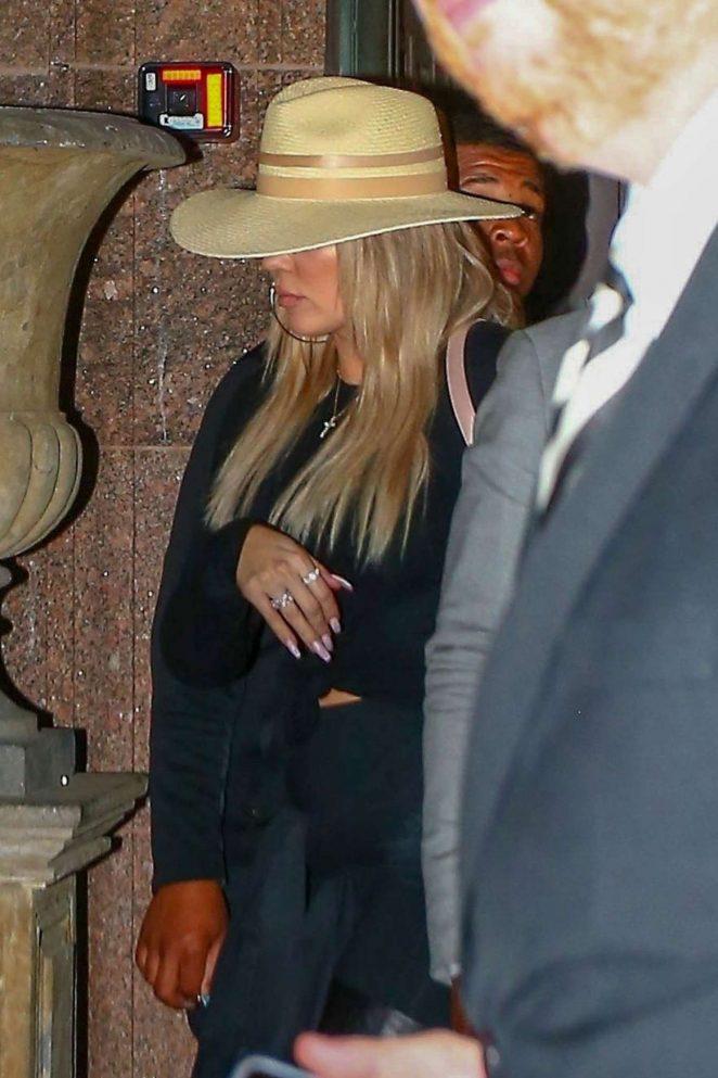 Khloe Kardashian at a Restaurant in Cleveland