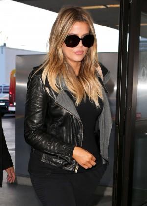 Khloe Kardashian Booty in Jeans -06