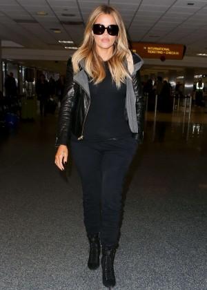 Khloe Kardashian Booty in Jeans -14