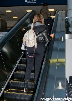 Khloe Kardashian Booty in Jeans -15