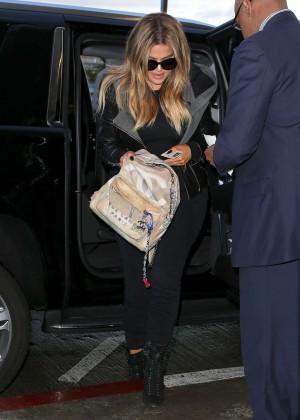 Khloe Kardashian Booty in Jeans -18