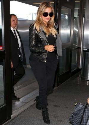 Khloe Kardashian Booty in Jeans -20